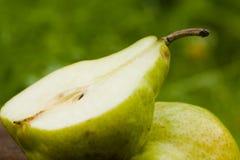 половинная груша Стоковое Изображение