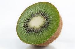 половинный kiwifruit Стоковые Фото