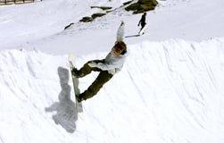 половинный snowboarder Испания лыжи курорта pradollano трубы Стоковое Изображение