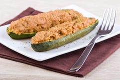 половины заполнили zucchini Стоковые Изображения