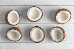 Половины кокоса на предпосылке Стоковая Фотография
