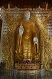 положение бирманца Будды Стоковые Фотографии RF