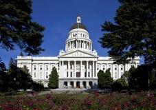 положение капитолия california здания стоковые фото