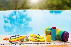 Положение квартиры деталей бассейна и пляжа каникула территории лета katya krasnodar стоковые изображения