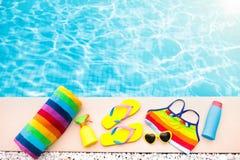 Положение квартиры деталей бассейна и пляжа каникула территории лета katya krasnodar стоковое изображение