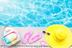 Положение квартиры деталей бассейна и пляжа каникула территории лета katya krasnodar стоковое изображение rf