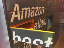 Положение шкафчика Амазонки стоковые фото