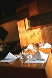 положенные таблицы ресторана Стоковые Фотографии RF