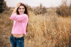 Положительная красивая дама стоковые фото