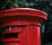 положите английский красный цвет в коробку столба Стоковое Изображение