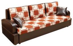 положите изолированную самомоднейшую софу в постель Стоковое Изображение RF