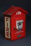 положите пожар в коробку Стоковые Изображения RF