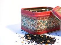 положите чай в коробку Стоковые Фотографии RF