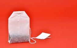 положите чай в мешки стоковое изображение rf