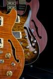 полость 3 отверстий гитар f дисплея тела Стоковое Изображение RF