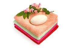 полотенца мыла кучи Стоковое Фото