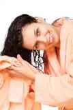 полотенце волос девушки drys стоковое изображение
