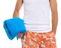 полотенце удерживания голубой ванты крупного плана счастливое Стоковая Фотография