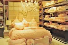 полотно бутика кровати стоковое изображение