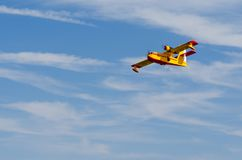 Полуглиссер летая над голубым небом Стоковое Изображение