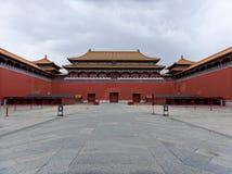 Полуденный строб, запретный город, Пекин, Китай стоковое изображение