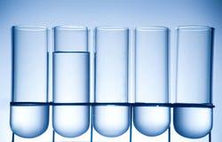 получатель лаборатории химии ambiance стоковое фото rf