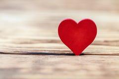 Полюбите концепцию на день ` s матери и день ` s валентинки Валентайн Любовь Валентайн открытки s дня Счастливые сердца дня ` s в Стоковая Фотография