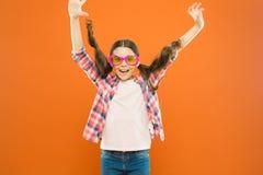 Поляризация промежутка времени ультрафиолетов защиты критическая больше предпочтения Оптика и зрение Зрение ребенка счастливое хо стоковые изображения rf