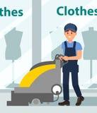 Пол чистки человека в зале торгового центра Молодой парень используя машину скруббера Витрина бутика на предпосылке плоско бесплатная иллюстрация