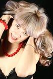 помадка красивейшего большого ожерелья девушки красная Стоковое Фото