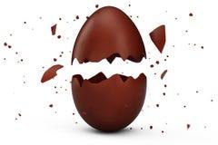 Помадка, пасхальное яйцо шоколада треснула в много частей изолированных на белой предпосылке Пасхальное яйцо шоколада, праздник бесплатная иллюстрация