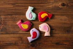 Помадка цвета центра круга поливы птицы пряника печений праздника Стоковые Фотографии RF