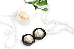помадки перлы предпосылки романтичные розовые Стоковые Изображения