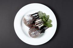 Помадка шоколада с мороженым Десерт Стоковые Фото