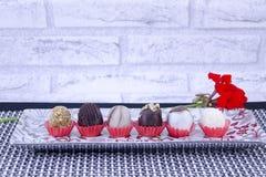 Помадки и печенья на подносе Стоковое Изображение
