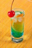 помеец curacao коктеила спирта голубой Стоковые Фото