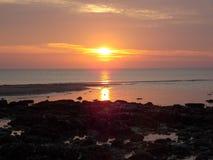 Померанцовое небо захода солнца Стоковое фото RF