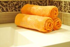 померанцовые полотенца стоковое изображение