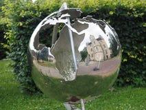 Поместье в стальном глобусе стоковая фотография rf