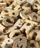 помечает буквами деревянное Стоковые Изображения