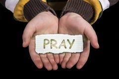 Помолите текст в наличии стоковое изображение rf