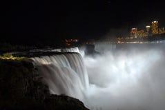 понижается ноча niagara Стоковая Фотография RF