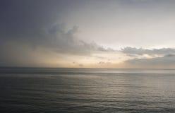 Понижающ небо позже Стоковые Изображения