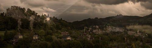Попечитель - панорама с историческим касанием стоковые изображения rf