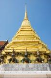 Попечители демона в Wat Phra Kaeo Стоковая Фотография