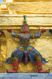 Попечитель демона в Wat Phra Kaeo Стоковые Фотографии RF