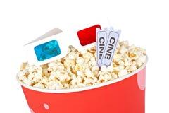 попкорн стекел ведра 3d снабжает 2 билетами Стоковая Фотография