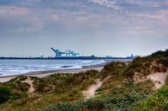 Поплавайте вдоль побережья дюны Zeebrugge гавани моря, Фландрия, Бельгия стоковые фотографии rf