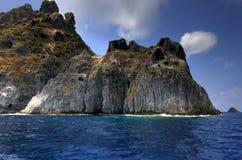 поплавайте вдоль побережья итальянское среднеземноморское море ponza Стоковые Фото