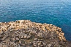 поплавайте вдоль побережья море Стоковые Изображения RF